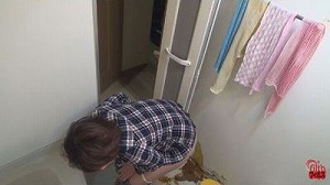 3民家盗撮 風呂場で下痢する女たち