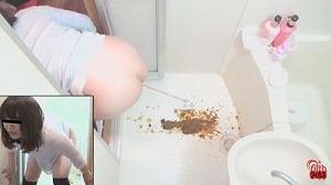 1民家盗撮 風呂場で下痢する女たち