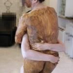 06全身塗糞した女性と抱擁。ウンチまみれのオッパイに顔を埋める幸せ。