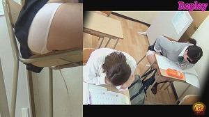2_3学習塾盗撮 授業中に滴る下痢便お漏らし